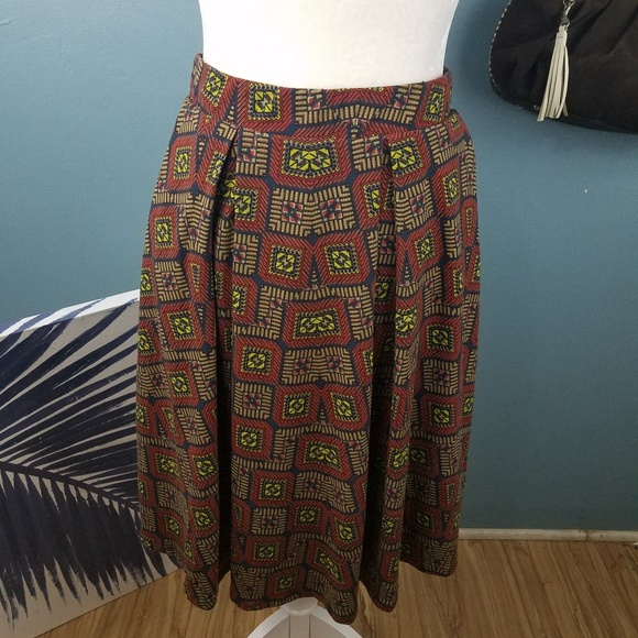LuLaRoe Dresses & Skirts - LulaRoe Skirt Brown and Red Size Xl